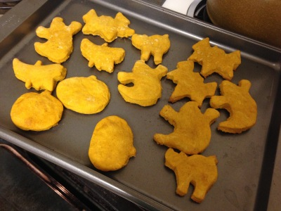 dog-friendly-halloween-cookies